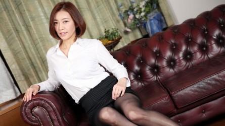 HEYZO-2069 美痴女~美乳熟女の淫靡な誘い~- HITOMI