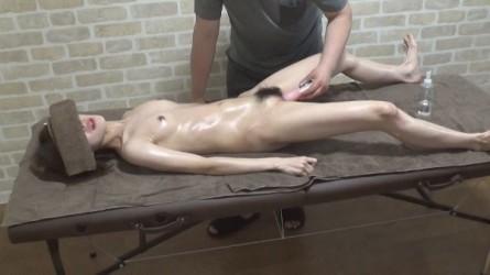 FC2PPV-1164474 【無】ちっぱいで剛毛なスレンダー美女、乳首と女性器はどちらが敏感か?エロマッサージで試した結果は。。。? ※レビュー特典あり